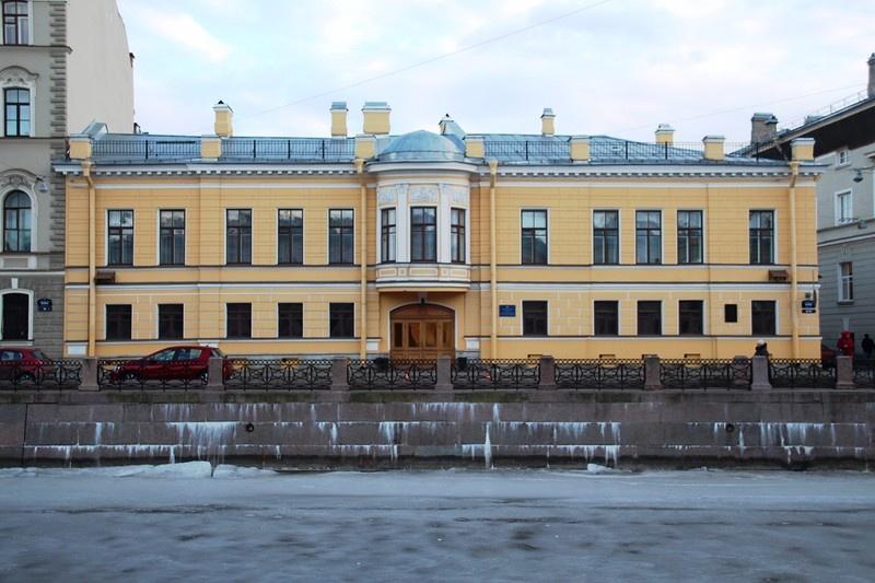 Дом Монферрана О. (Ратькова-Рожнова Я.В.) Общий вид здания